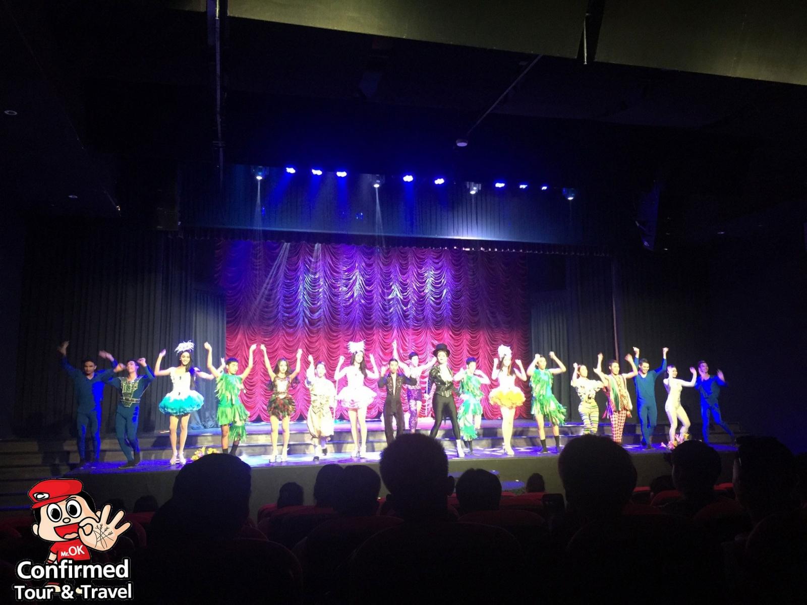 magical cabaret show